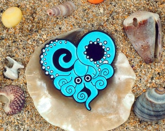 THE Octopus lover, Octopus Lovers, heart shaped Octopus badges