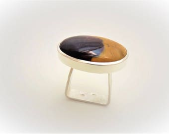 Ring solid argzent set with a Jasper, Moukaite yellow and purple.