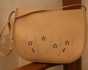 MAXX New York Beige Leather Purse