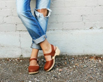 Swedish Clogs Low Wood Tan Leather by Lotta from Stockholm / Wooden Clogs / Sandals / Low Heel / Mary Jane Shoes