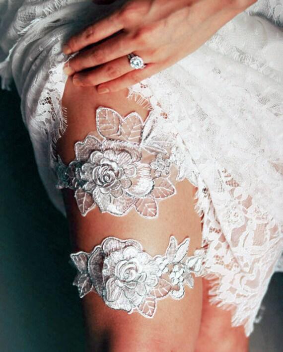 Bridal Garter Set Wedding Garters Keepsake Garter Toss