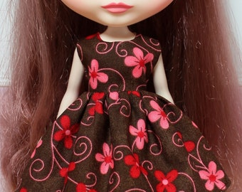 BLYTHE doll Its my party dress - chocolate flowers