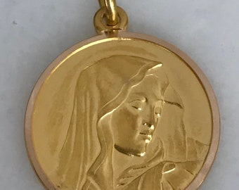 Beautiful 18k Yellow Gold Blessed Mother Pendant