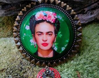 """Collier moyen """" Frida Khalo""""  modulable ,recto verso, vert"""