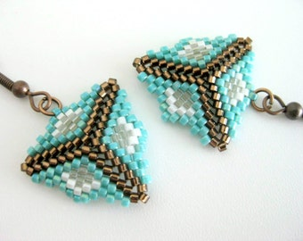 Peyote Earrings / Peyote Triangle Earrings / Beaded Earrings in turquoise, Brown and White / Sterling Silver Earrings / Seed Bead Earrings /