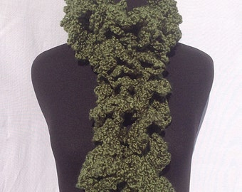 Curly Boa Scarf in Green with Gold Accents