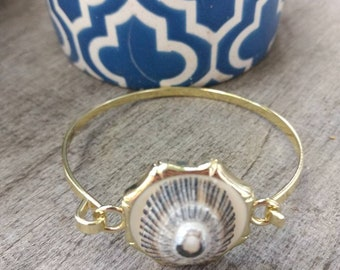 Hawaiian Opihi Cuff Bangle