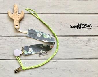 Pacifier Clip set | 2 Pacifier clips+wooden toy | girl binky clip | baby girl | Dummy Clip | Baby Pacifier Clip |  cactus