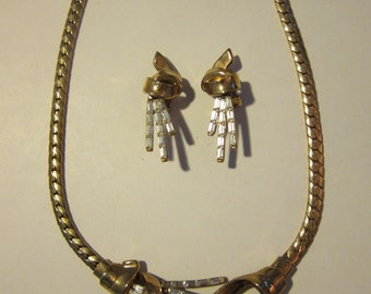 Gorgeous Trifrai 1960s Gold and Rhinestone  Necklace and Earrings Set