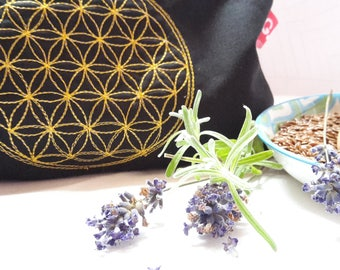 Eye pillows, relaxation, meditation, wellness, flower of life, lavender, flax seed, wellbeing, black, gold, embroidery,