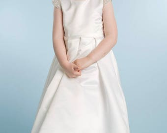 Satin Girls Christening Dress/Baptism Dress/white church dress/christening gown/baby baptism gown/Girls First Communion satin gown