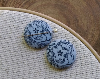 Needle Minder  Blue Floral  - 2 Piece Reversible Scout and Remy, For Cross Stitch, Sewing, Embroidery