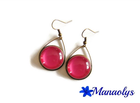 Drop earrings and pink glass cabochons