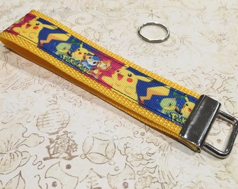 Pikachu 6 in key fob  - Pokemon - Yellow - key chain - lanyard