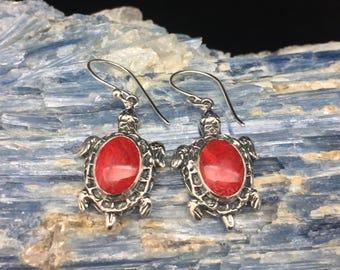 Red Sea Shell Turtle Earrings // 925 Sterling Silver // Hand Cast Bali Setting // Hook Backing