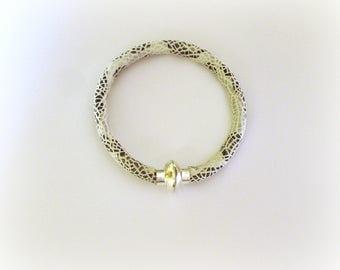 Scales effect bracelet