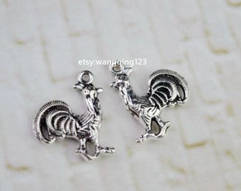 20 antique silver rooster charms charm pendant pendants  (HJ04ZX)