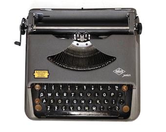 Working Typewriter 1950's Halberg Junior. QWERTY keyboard. 1952, rare typewriter. Portable Halberg typewriter. #645G1545K12