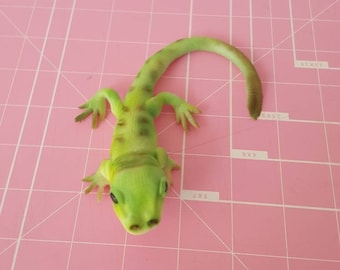 Lizard Cake Toppers.