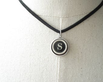 Typewriter Necklace. Personalized Letter S Necklace. Typewriter Jewelry. Vintage Typewriter Key Necklace. Initial Necklace. Upcycled Jewelry