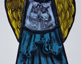 Large angel, stained glass, copper foiled glass, sun-catcher, window decoration, art glass, coloured glass, angel feathers, hanging ornament