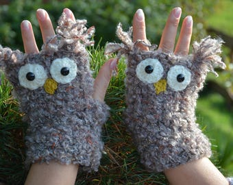 Crocheted Fingerless Mittens  Gloves Beige White Owl