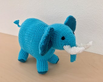 Slightly smaller knit elephant (customizable!)