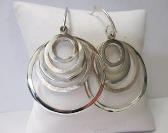 ONE pair of Sterling Silver Dangle Circular Shape Earrings