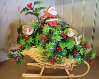 Vintage Christmas Flocked Santa Claus/Sleigh Wood Plastic Greenery NEW