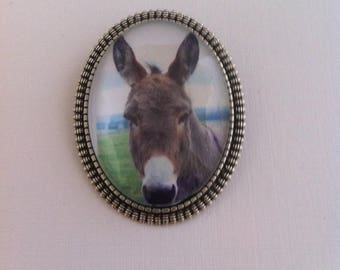 Donkey print, oval pendent brooch in an rustic type back: handmade