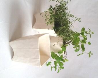 Small white ceramic planter for cactus. Succulent planter. Square pottery planter. Herb pot, indoor plant pot. Minimalist style ceramics