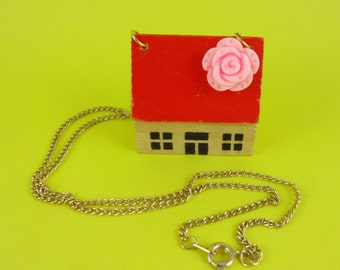 House Necklace - vintage wooden toy house with red roof and pink flower, home sweet home, retro cute kitsch, cottage chic, granny chic fun!
