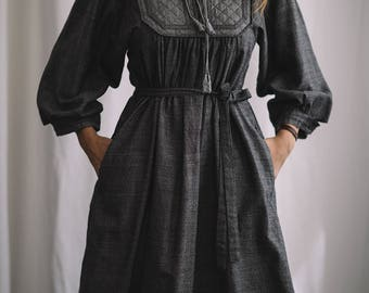 vintage 1970's gray quilted dress from the netherlands // fall dress
