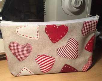 "Collection Valentine's day: ""red heart"" handmade zippered pouch"