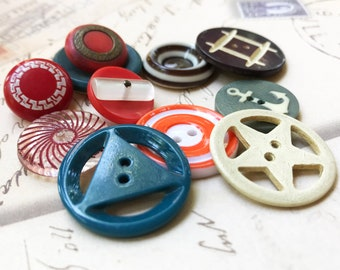 Sewing Button Lot Vintage Craft Buttons Bakelite Casein Glass Boho Button Supplies DIY Jewelry Supplies Collectibles  -  B188