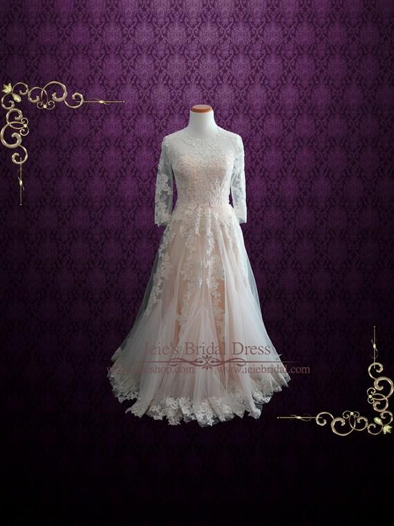 Modest Blush Spitze Brautkleid mit langen Ärmeln Charmine