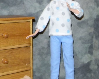 TBPJ1-01) Tall Barbie doll clothes, 1 flannel pajama set