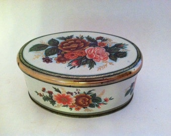 Meister Rose Floral Tin Made in Brazil Country Living  Farmhouse Cottage Chic Decor