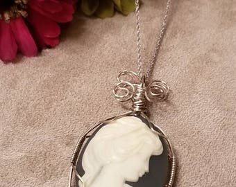 Sterling Wired Cameo, Cameo Pendant Necklace, Silver Chain, Wired Pendant, Lady Cameo Necklace, Vintage Cameo Cabachon, Sterling Silver