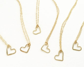 Bridesmaid jewelry, heart necklace, bridesmaid gift, hand hammered open heart charm simple necklace heart jewelry, set of 6 bridal necklaces