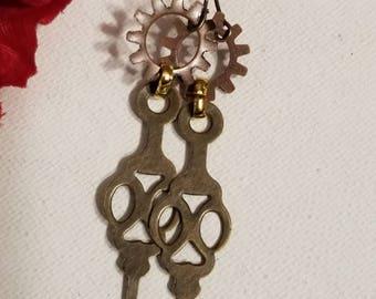 Steampunk Gear Earrings, Pierced Dangle Earrings, Gear Earrings, Ear Wires, Steampunk Style, Copper Color, Brass Color, Lightweight Earrings