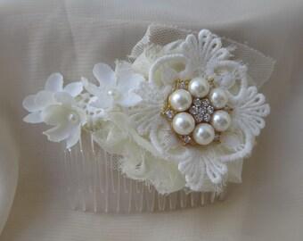 Lace Hair Comb, Floral Bridal Hair Pin, Wedding Hair Accessory, Boho wedding hair accessories