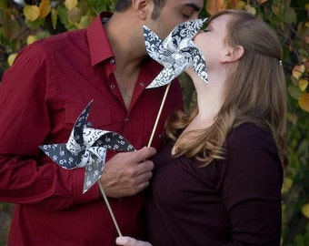 Photo booth prop Wedding decor/favors 20 Large Pinwheels (Custom order welcomed)