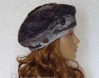 Black felted beret, Women's warm beret, Woolen beret