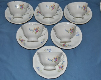6 Beautiful Vintage, Farolina,  Made In Poland, Fine Bone China Teacups And Saucers Lot# C-2