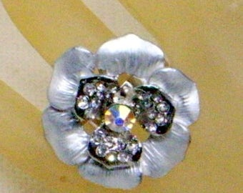 Vintage Flower Ring - Sparkling Aurora Center - Size 7 - Size 8 - Size 9 Adjustible - Big Runway Sparkler - Cross Dresser