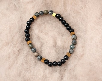 Labradorite and Onyx Bracelet