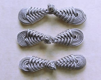 Silver grey frog closure. Round knot. Set of 3