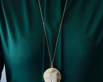 Gold Tone Locket necklace - Circle Locket Necklace