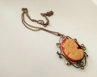 Vintage silver cameo pendant with necklace.